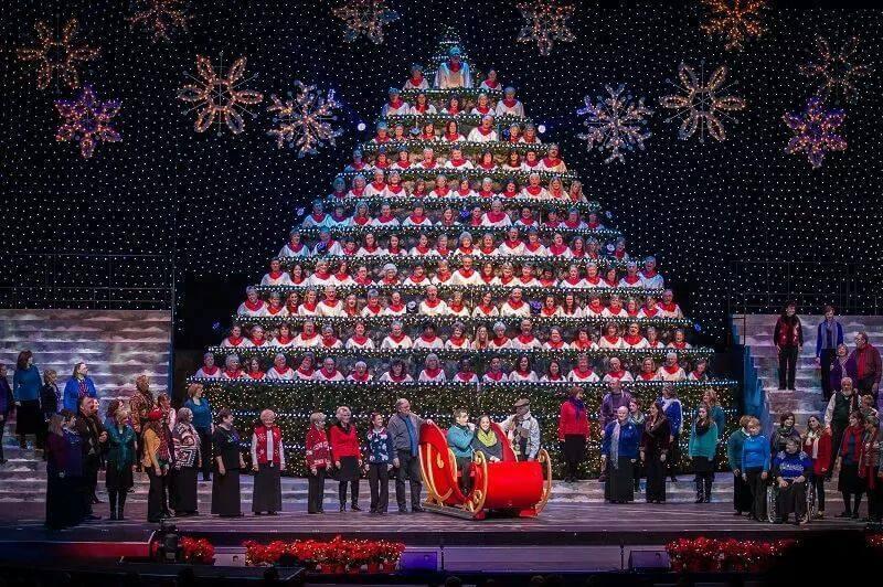 PortlandsSingingChristmasTree3 - About - Portland's Singing Christmas Tree